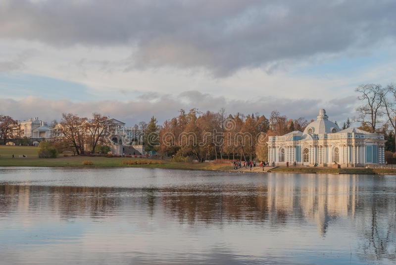 Грот павильона и галерея Камерона, парк Катрина, St Petersb стоковое изображение