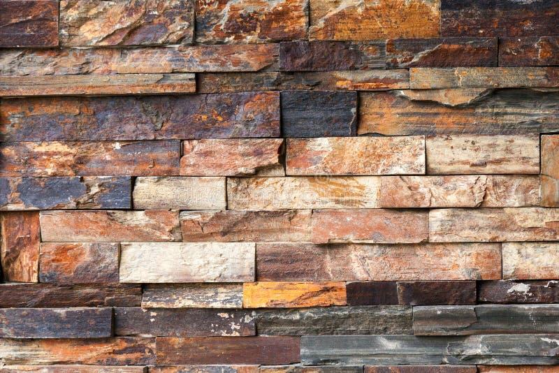 Грубая современная multicolour текстура кирпичной стены стоковое изображение