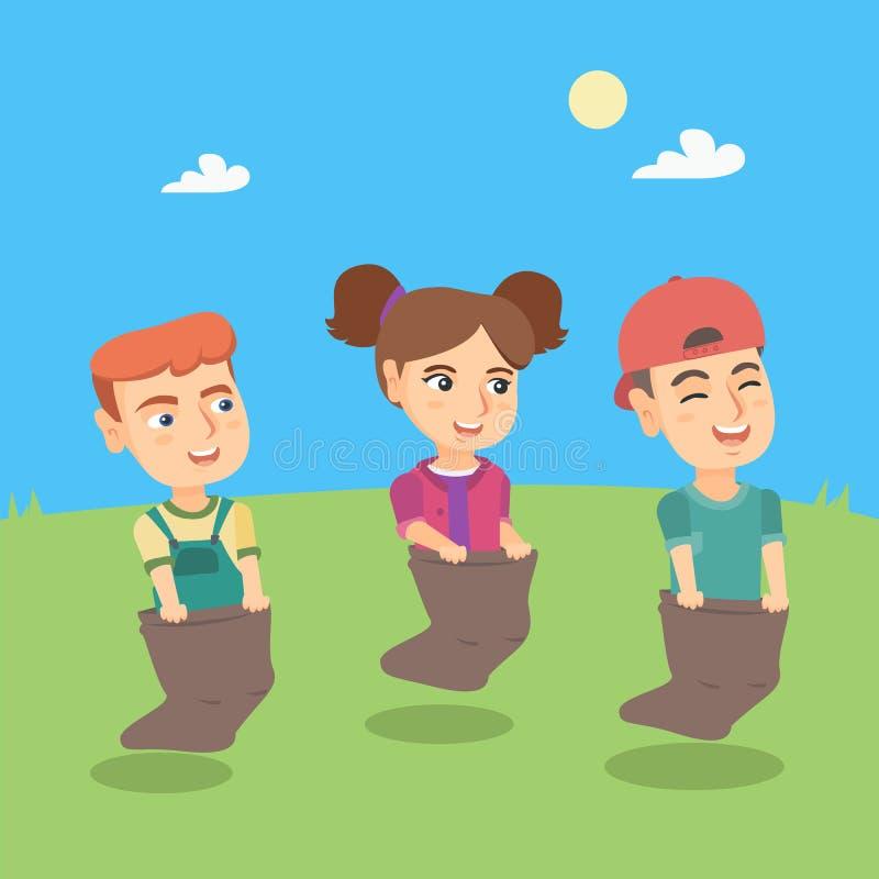 Группа в составе кавказские дети состязаясь на гонке мешка иллюстрация штока