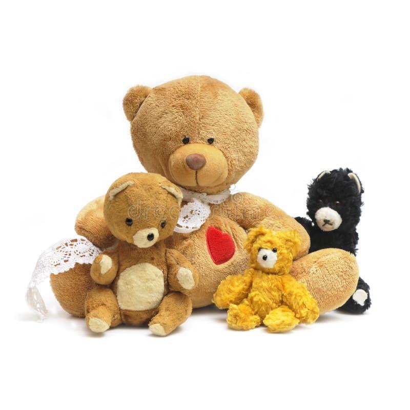 Группа в составе милые плюшевые медвежоата сидя совместно стоковая фотография rf