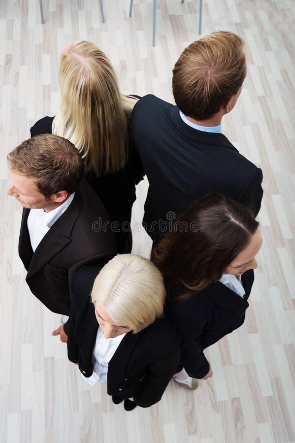 Группа в составе предприниматели в круге стоковое фото rf