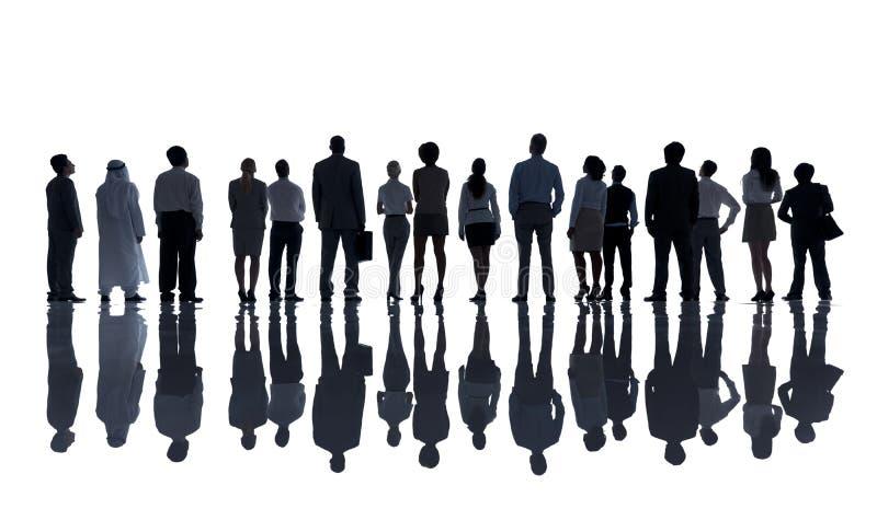 Группа в составе разнообразные бизнесмены стоковое изображение rf