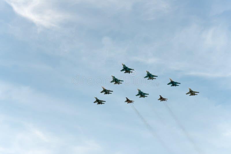 Группа в составе самолеты Sukhoi стоковое фото