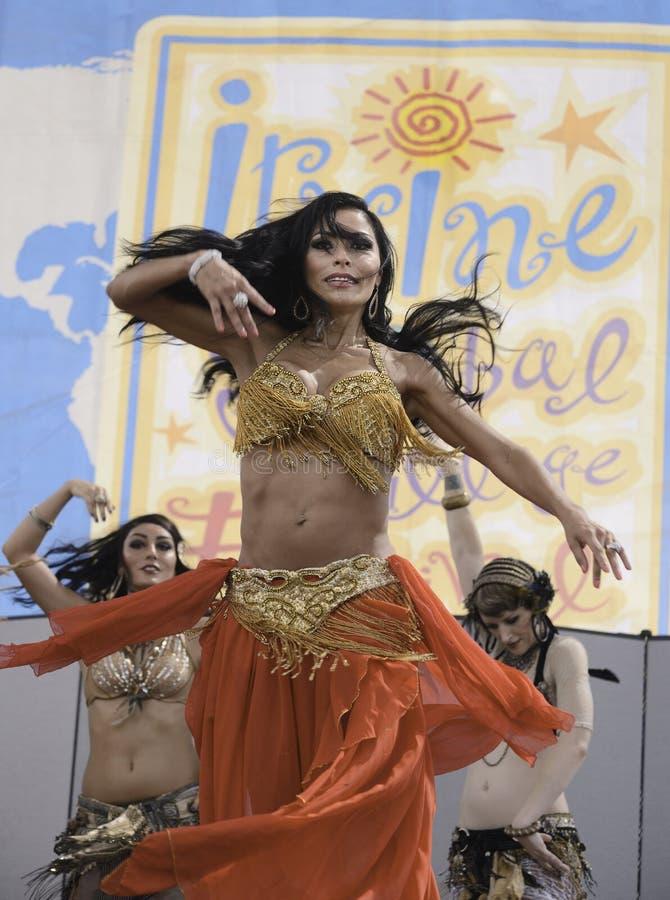 Группа танцульки стоковое изображение rf