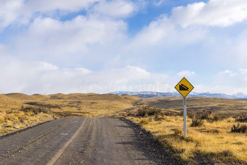 Грязная улица в красивом Пампасе стоковое фото