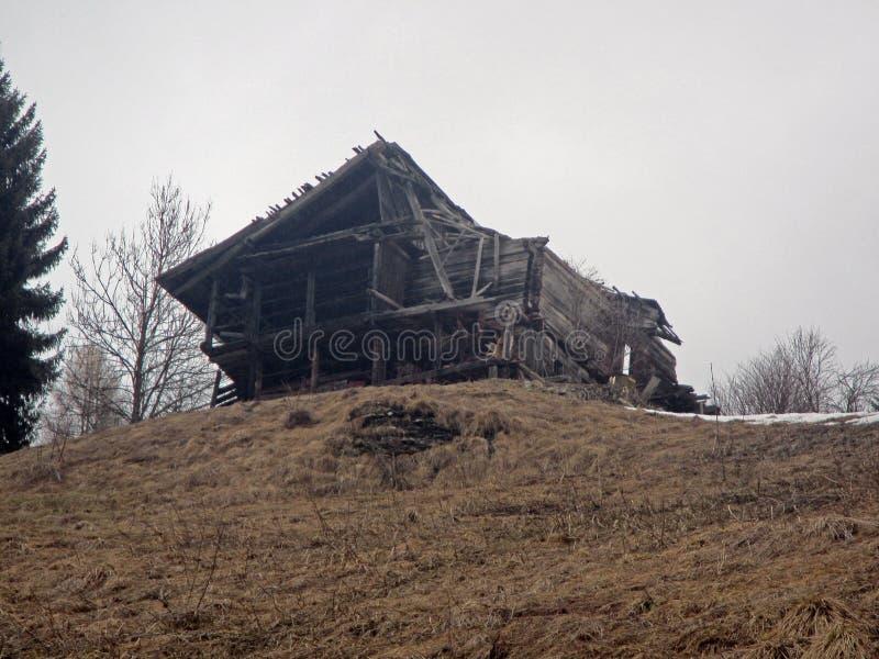 Губит деревянный дом стоковое фото