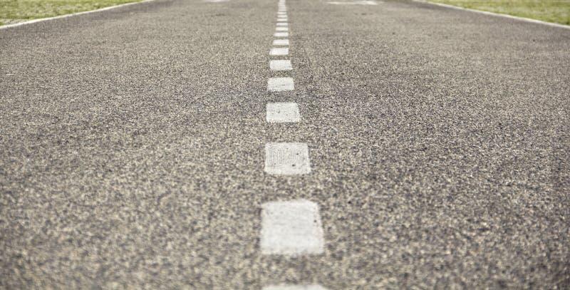 гудронированное шоссе дороги стоковые фото