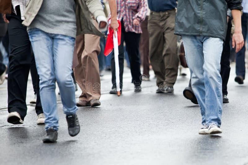 гулять толпы стоковая фотография rf