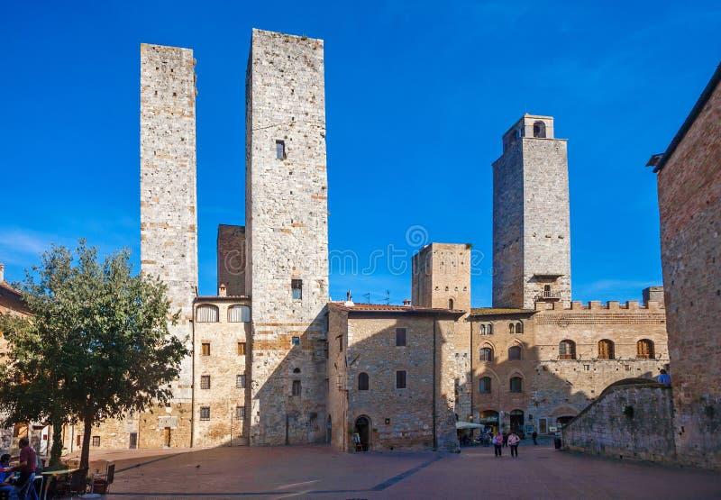 Главная площадь San Gimignano стоковая фотография