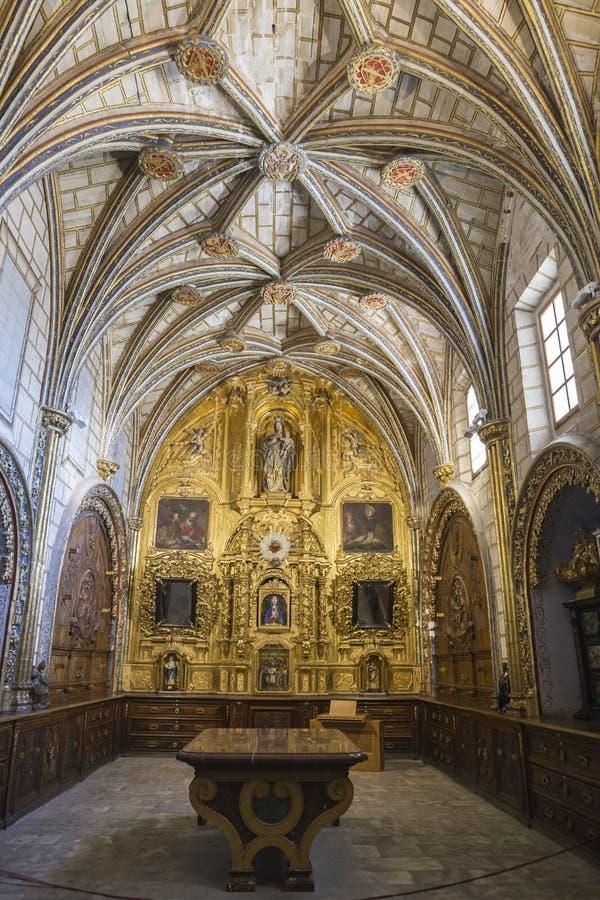Главная ризница собора Cuenca, стиля transitio стоковая фотография rf