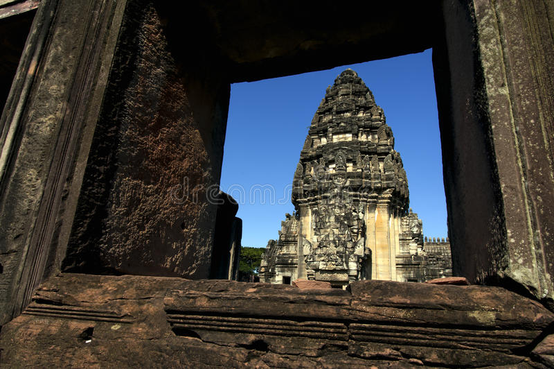Главное prang, исторический парк Phimai, phimai, провинция Nakhon Ratchasima, Таиланд стоковые изображения