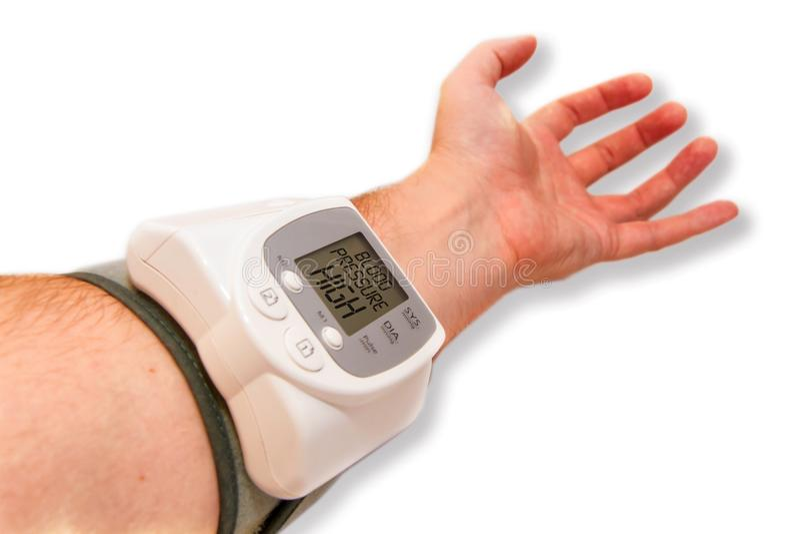 давление preasure монитора макроса крови цифровое высокое изолированное стоковые фото