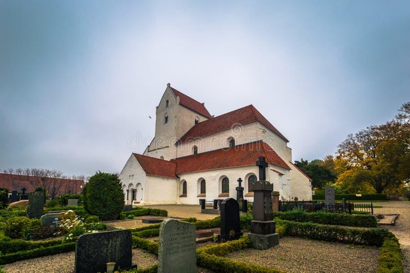 Далби - 21 октября 2017 года: Историческая церковь Священного крестового м стоковые фотографии rf