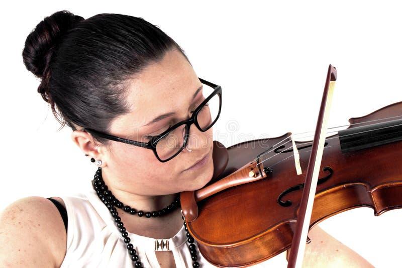 Дама играя скрипку стоковая фотография