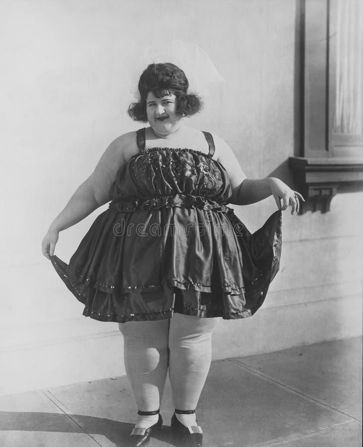 ДАМА FAT (все показанные люди более длинные живущие и никакое имущество не существует Гарантии поставщика что будут никакие модел стоковое фото rf