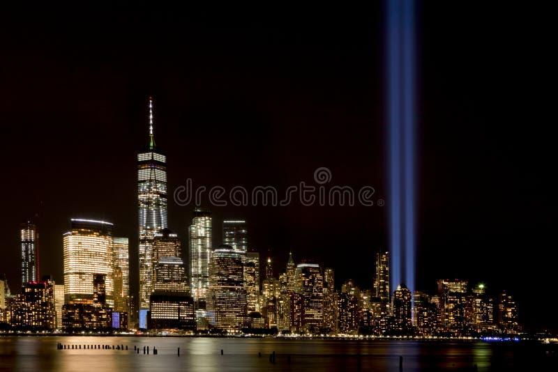 Дань 911 света Нью-Йорка стоковое фото