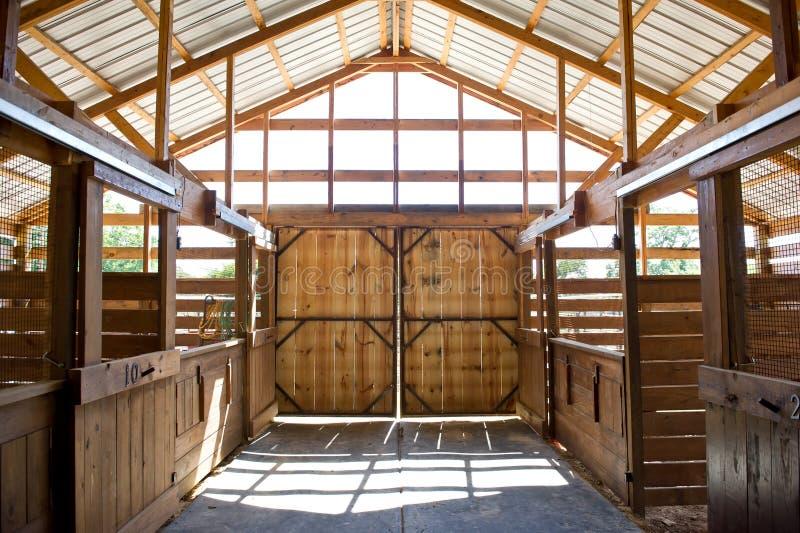 Двери амбара стоковое изображение rf