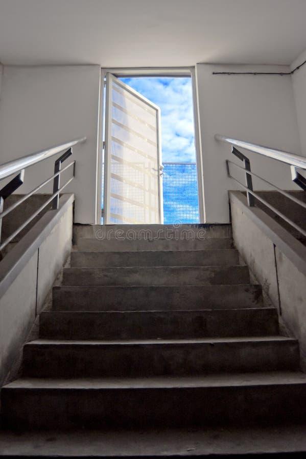 Дверь к небу стоковое изображение