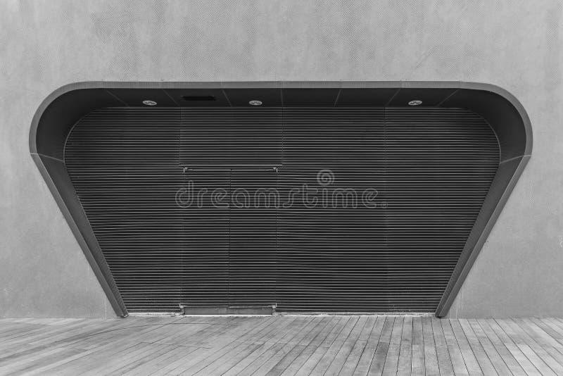 дверь металлическая стоковая фотография rf