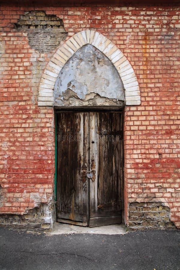 Дверь древностей стоковые изображения