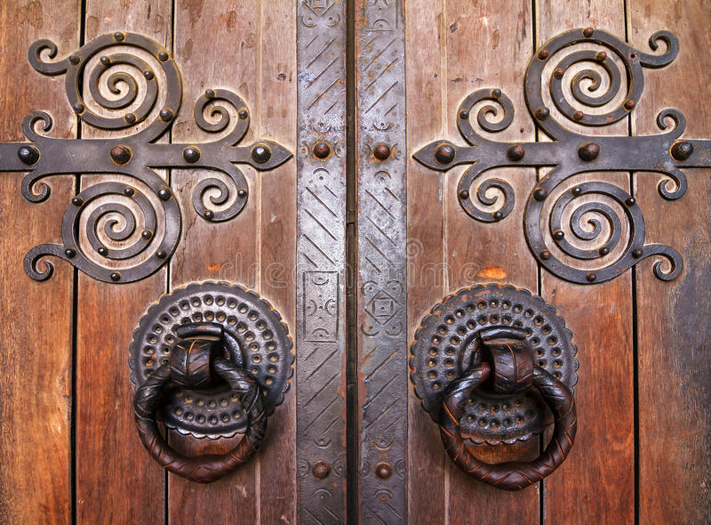 Дверь собора Лиссабона стоковое изображение rf