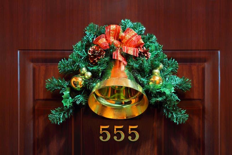 дверь состава рождества колокольчика стоковая фотография rf