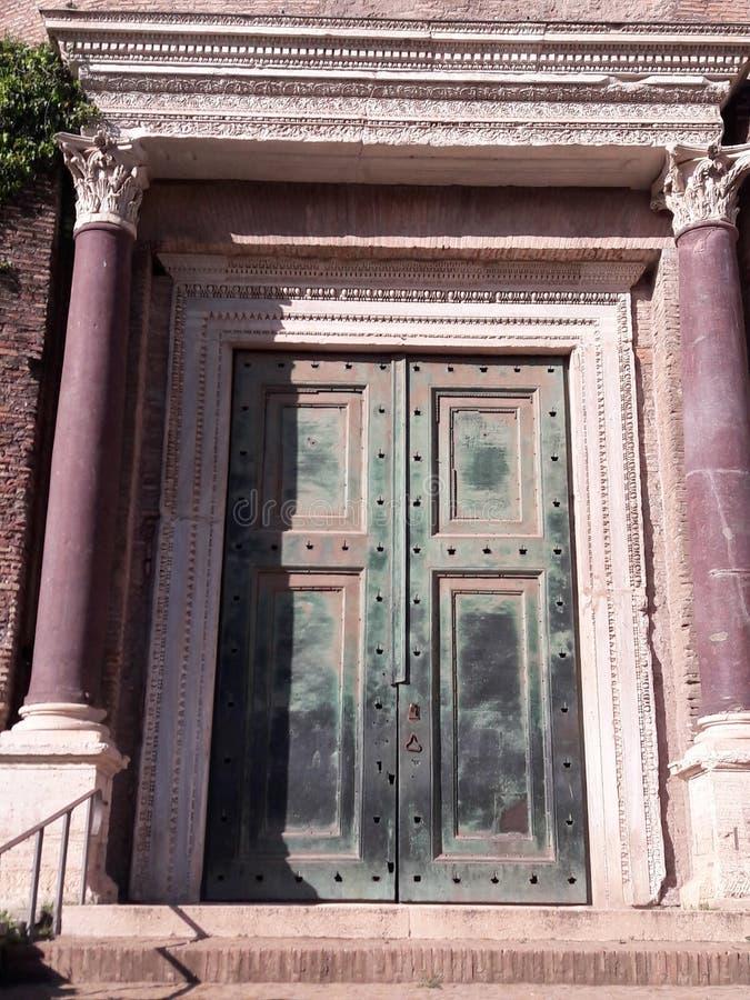 Дверь Roma стоковые изображения rf