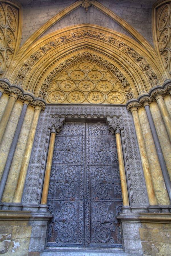 дверь westminster аббатства стоковая фотография