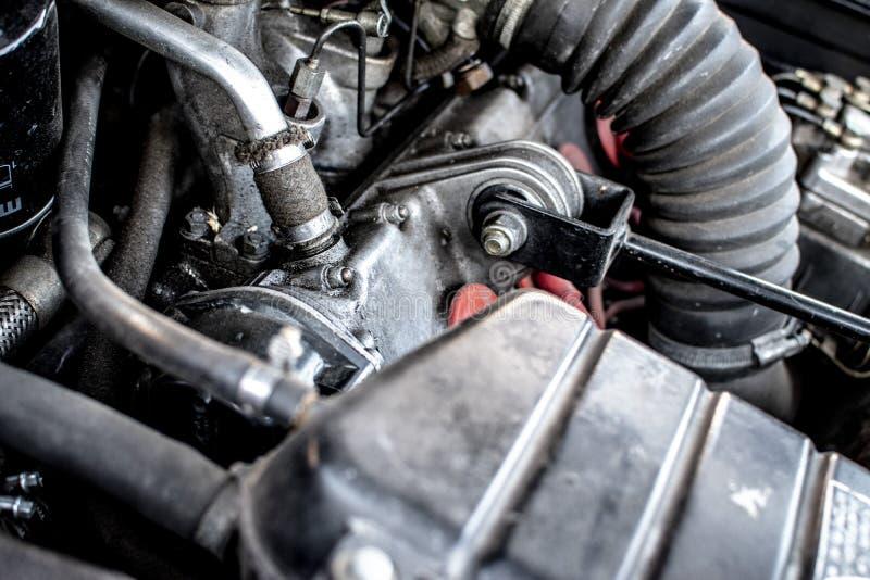 Двигатель автомобиля Феррари технология и сила стоковые фото