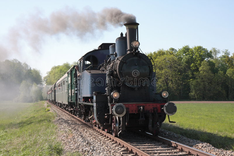 двигатель привел поезд в действие пара стоковое изображение rf