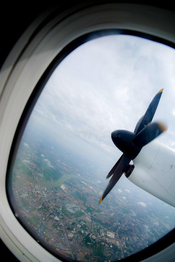 Двигатель и пропеллер самолета стоковые изображения