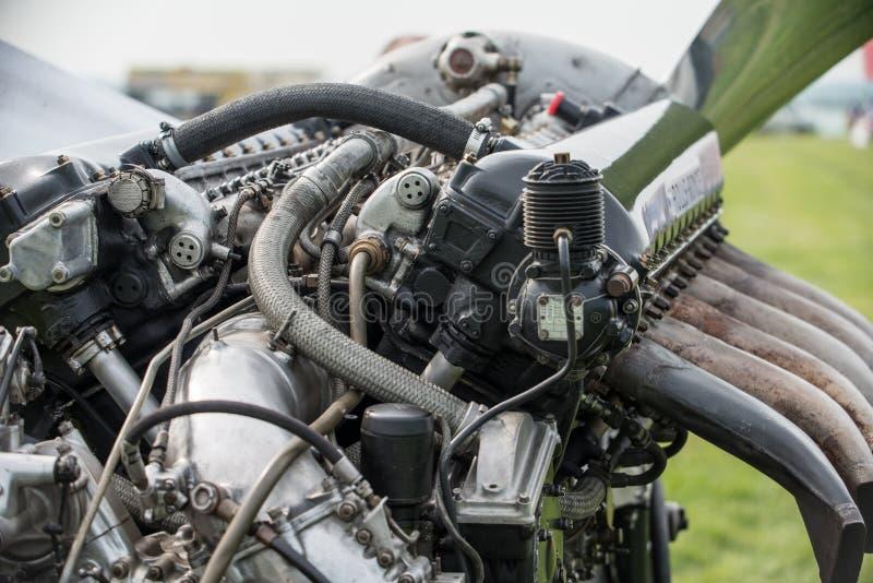 Download Двигатель Rolls Royce Мерлина Aero Редакционное Фото - изображение насчитывающей другие, самолет: 40576601