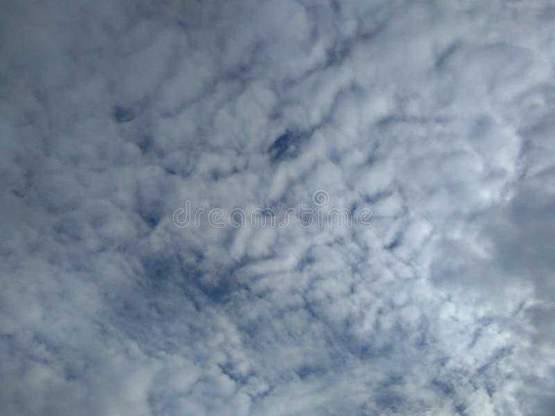 Двигая облака стоковая фотография rf
