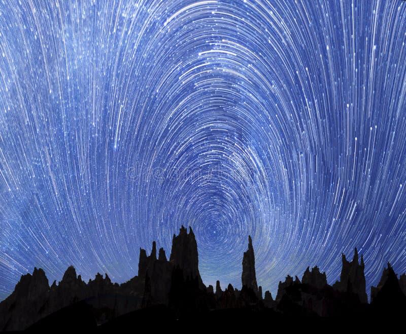 Движение звезд в небе стоковая фотография