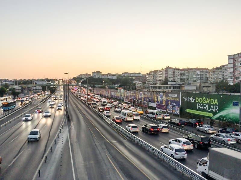 Движение на заходе солнца в Стамбуле, Турции стоковые изображения rf