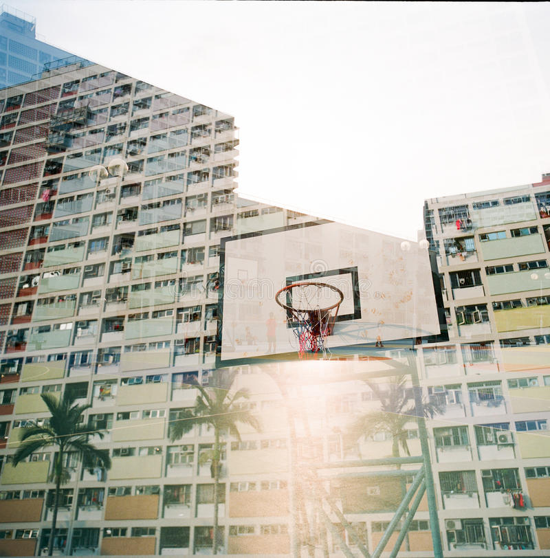 Двойная экспозиция в жилом массиве Гонконга стоковое фото