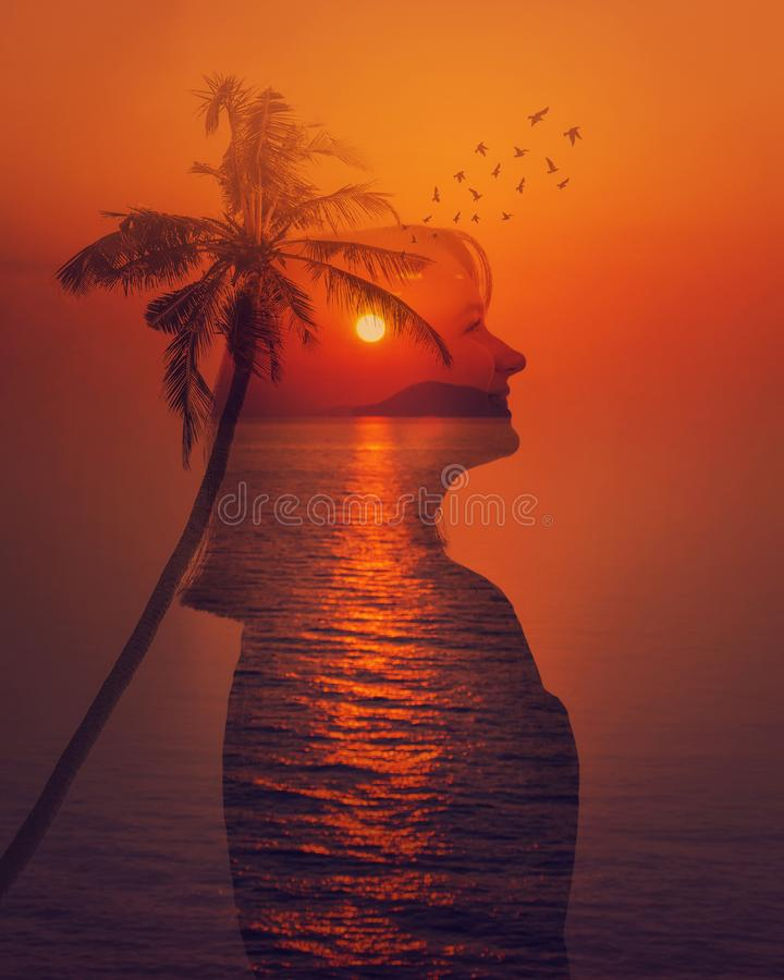 Двойная экспозиция захода солнца моря стоковые фото