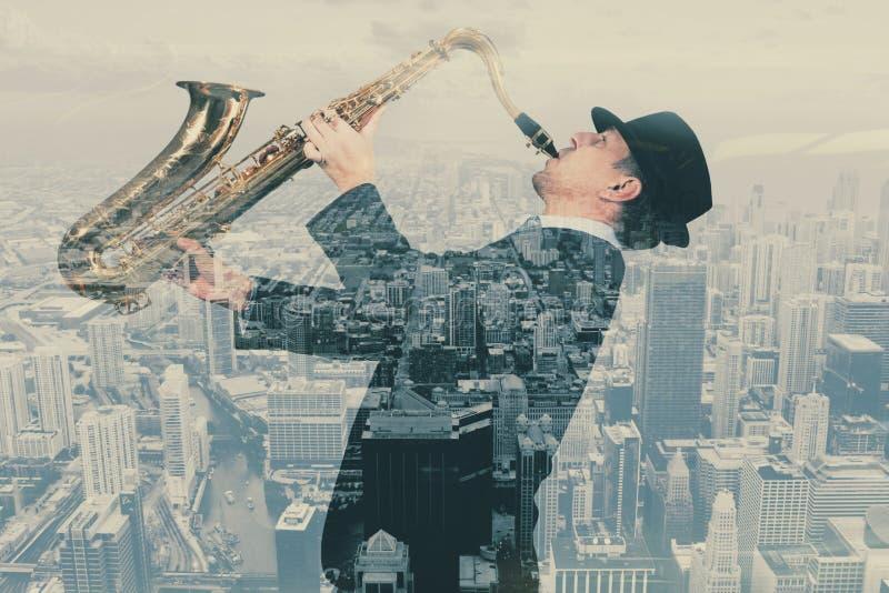 Двойная экспозиция саксофониста стоковые изображения