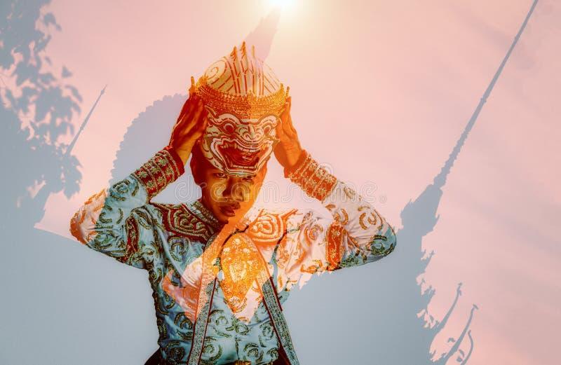 Двойная экспозиция Khon идентичность которая отражает искусство и культ стоковая фотография