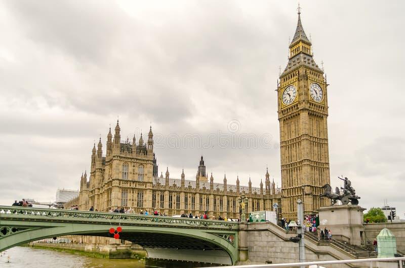 Дворец Вестминстера, парламента Великобритании, Лондона стоковые изображения