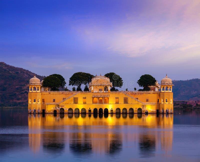 Дворец воды Jal Mahal Джайпур, Раджастан, Индия стоковые изображения