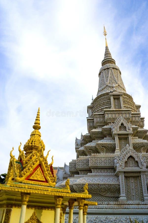 дворец зданий камбоджийский королевский стоковое фото rf