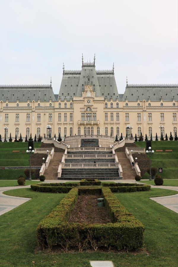 Дворец культуры в Iasi, Румынии стоковая фотография rf