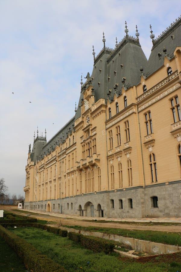 Дворец культуры в Iasi, Румынии стоковые изображения