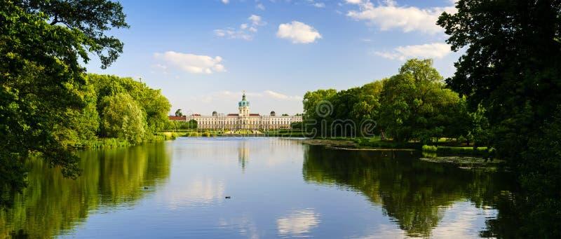 дворец ландшафта charlottenburg стоковое фото rf