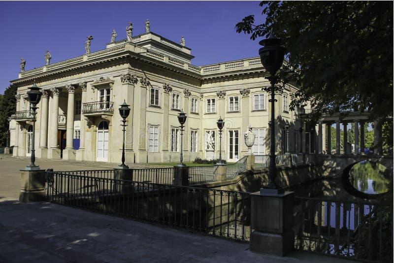 Дворец на воде или дворце Lazienki. Варшава. Польша. стоковое фото rf