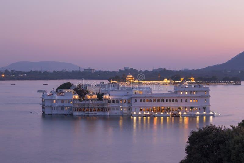 Дворец озера Taj на городе Udaipur, Индии стоковая фотография