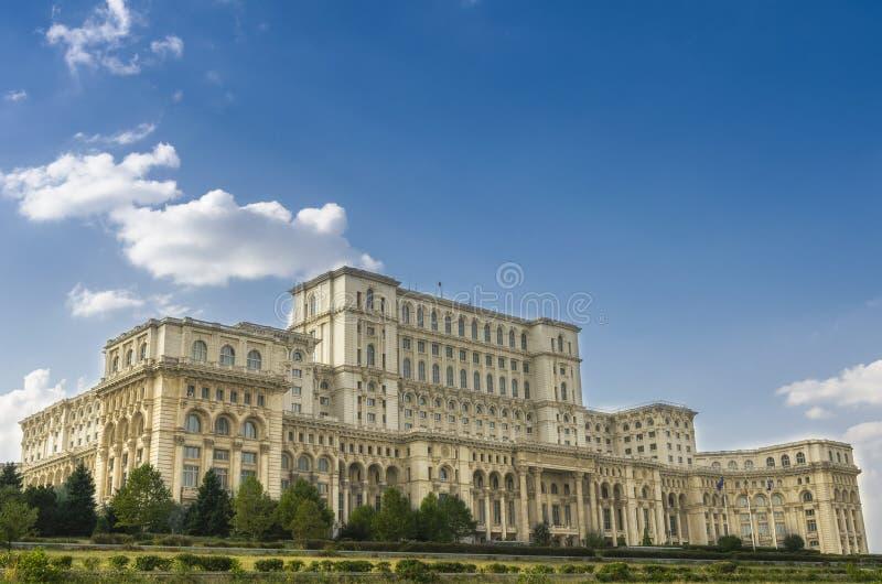Дворец парламента Бухареста стоковые изображения