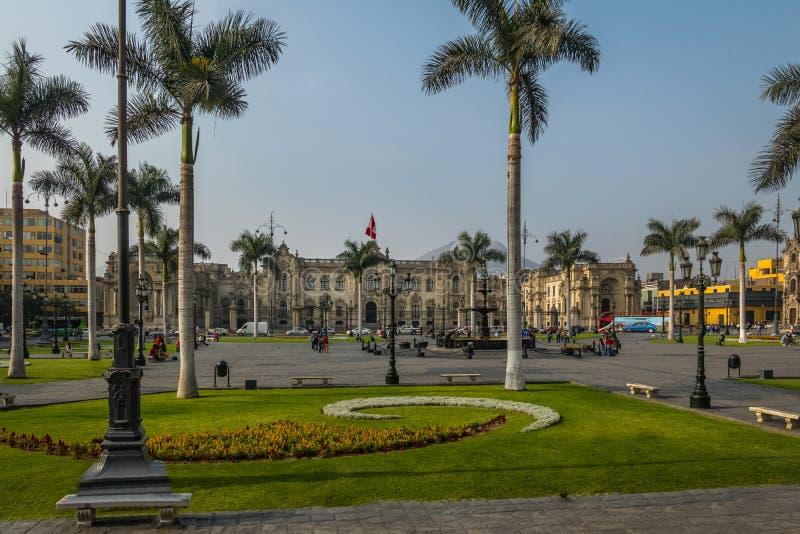 Дворец правительства Перу на мэре площади - Лиме, Перу стоковые изображения