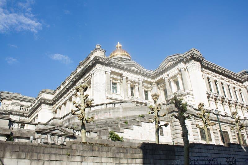 Дворец правосудия Брюсселя, передние юг и юго-западный стоковое фото rf